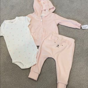 NWT Carters Baby Girl 9 Month Terry Cloth Set